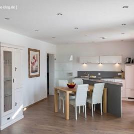 Esszimmer mit Küche Wohnung 3 - Ferienhaus Traumblick