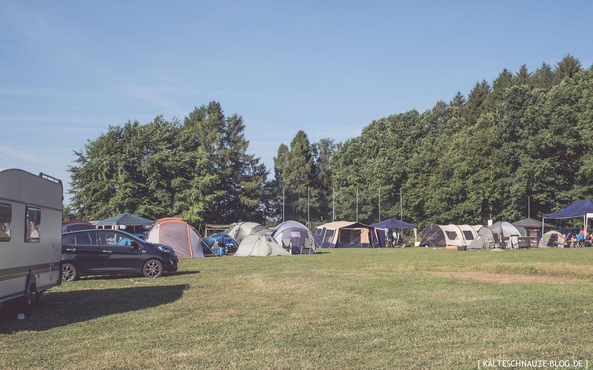 schlaf camping fässer in holland an der see